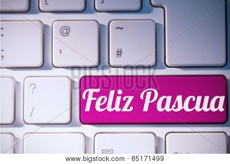 feliz pasqua against pink key on keyboard