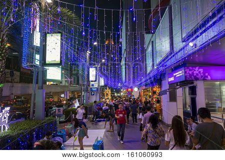 BANGKOK December 31 : Shopping Street Nigth at platinum shopping mall before Christmas and happy new year festival on december 31 2014 in Bangkok Thailand