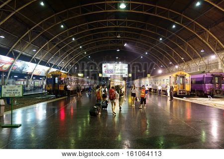 Bangkok, Thailand - 31 January 2015 : People Waiting For A Trains At Hua Lamphong Train Station, Hua