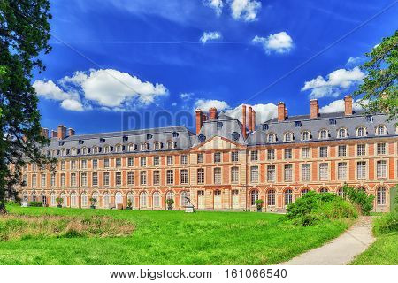 Fontainebleau, France - July 09, 2016 :suburban Residence Of The France Kings - Beautiful Chateau Fo