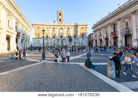Tourists And Palaces On Piazza Del Campidoglio