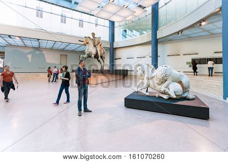 Tourists In Hall Of Capitoline Museums In Rome