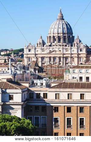Apartment Houses In Rome City And Basilica