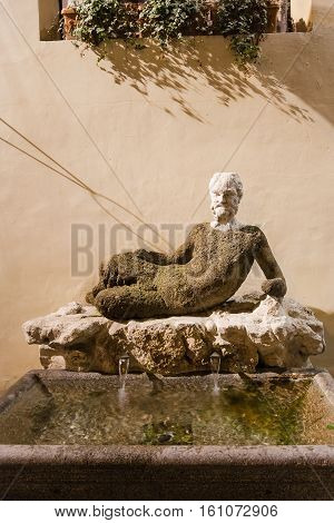 Outdoor Fountain Babuino With Ancient Statue