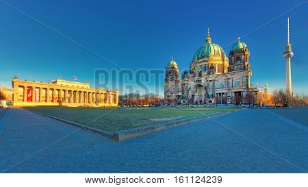 Berlin With Altes Museum Lustgarten View Of The Cathedral And Tv Tower