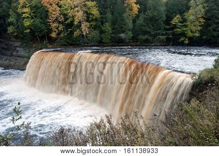 Majestic Upper Tahquamenon Falls in Autumn, Tahquamenon Falls State Park, Chippewa County, Michigan, USA