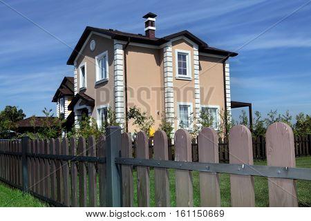 idyllic peaceful neighborhood in America