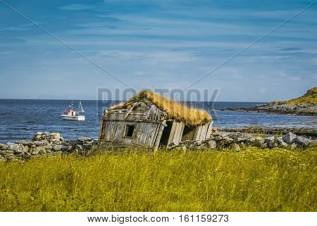 Wrecked House In Vaeroy