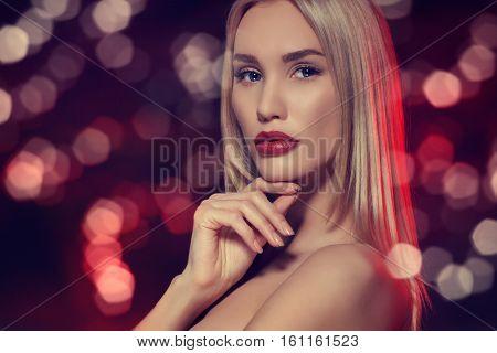 Beauty portrait. Beautiful sensual blonde woman. Make up concept. Beauty woman face