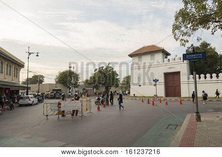 BANGKOK THAILAND - NOV 5 : scene of traffic on Thanon Maha Rat road near Grand Palace while the funeral of king Bhumibol Adulyadej in Grand Palace on november 5 2016