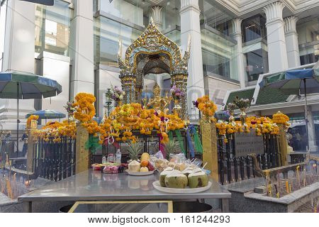 BANGKOKTHAILAND - NOV 26 : detail of Erawan shrine at Ratchaprasong Junction on november 26 2016 Thailand. Erawan shrine is famously sacred place in bangkok