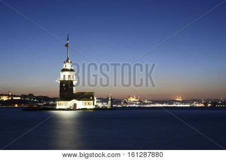 Maiden's Tower on Istanbul bosphorus with sunset