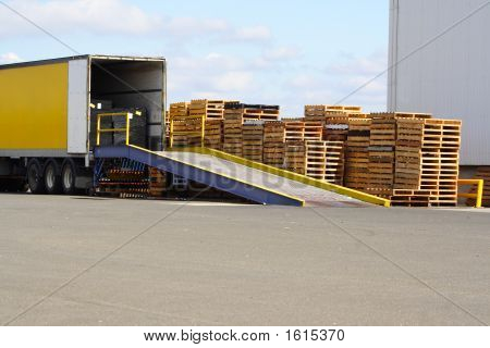 Loading Ramp Pallets
