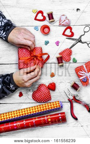 Making Gifts For Valentine's Day