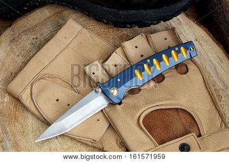 Penknife for the hidden carrying as a collecting subject