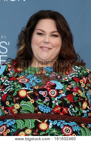 LOS ANGELES - DEC 11:  Chrissy Metz at the 22nd Annual Critics' Choice Awards at Barker Hanger on December 11, 2016 in Santa Monica, CA