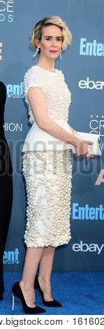 LOS ANGELES - DEC 11:  Sarah Paulson at the 22nd Annual Critics' Choice Awards at Barker Hanger on December 11, 2016 in Santa Monica, CA