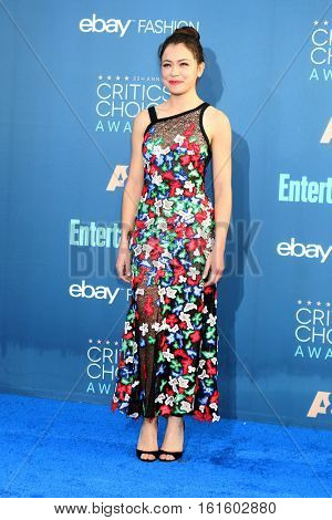 LOS ANGELES - DEC 11:  Tatiana Maslany at the 22nd Annual Critics' Choice Awards at Barker Hanger on December 11, 2016 in Santa Monica, CA