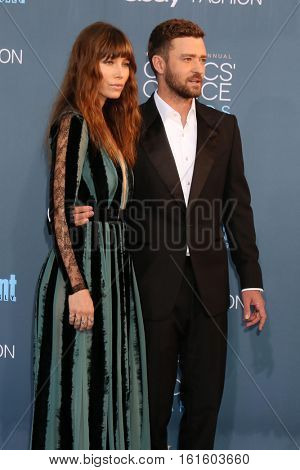 LOS ANGELES - DEC 11:  Jessical Biel, Justin Timberlake at the 22nd Annual Critics' Choice Awards at Barker Hanger on December 11, 2016 in Santa Monica, CA