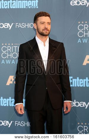 LOS ANGELES - DEC 11:  Justin Timberlake at the 22nd Annual Critics' Choice Awards at Barker Hanger on December 11, 2016 in Santa Monica, CA
