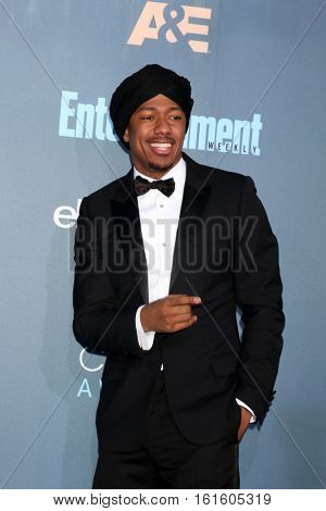 LOS ANGELES - DEC 11:  Nick Cannon at the 22nd Annual Critics' Choice Awards at Barker Hanger on December 11, 2016 in Santa Monica, CA