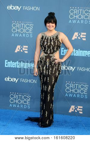 LOS ANGELES - DEC 11:  Ariel Winter at the 22nd Annual Critics' Choice Awards at Barker Hanger on December 11, 2016 in Santa Monica, CA