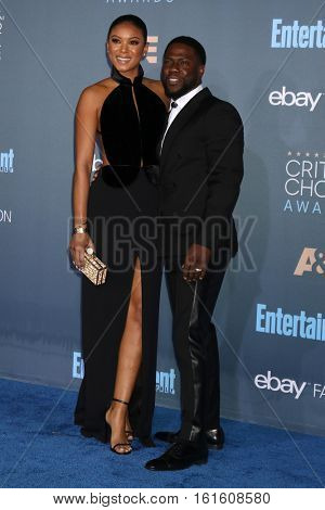 LOS ANGELES - DEC 11:  Eniko Parrish, Kevin Hart at the 22nd Annual Critics' Choice Awards at Barker Hanger on December 11, 2016 in Santa Monica, CA