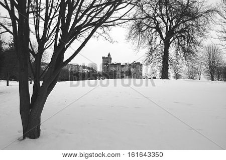 Airthrey Castle, Stirling, in the snow (black and white)