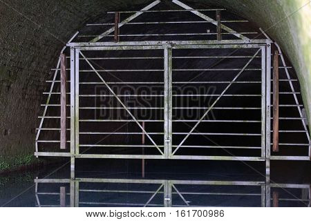 The Greywell tunnel eastern portal. The tunnel is of interest for its bat populations: it has more roosting bats than any other site in Britain.