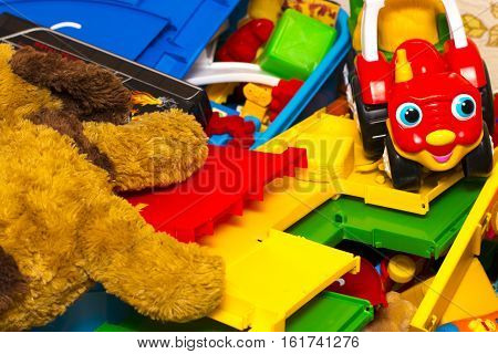 Colorful Building Blocks Toys, Toy Dog, Machine