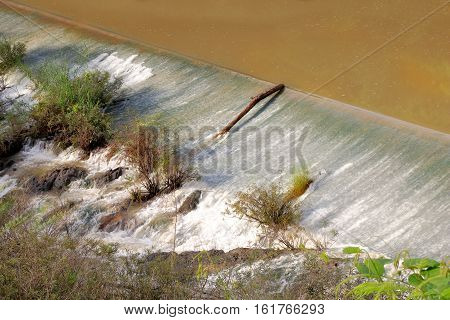 Weir to irrigate - Small ditch with a weir