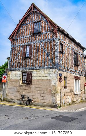 Hdr Wooden Frame Building