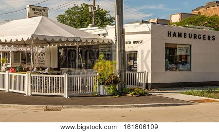 BIRMINGHAM MI/USA - AUGUST 17 2016: Vintage Hunter House Hamburgers restaurant on the Woodward Dream Cruise route. Woodward is a National Scenic Byway.