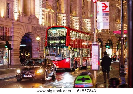 London - November 17, 2016: Piccadilly Circus With Routemaster Diesel-electric Hybrid Double Deck Bu