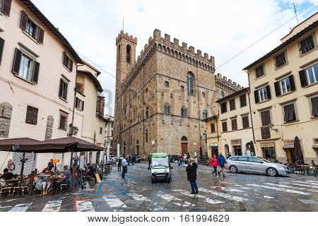 People And Cafe On Piazza San Firenze In Florence
