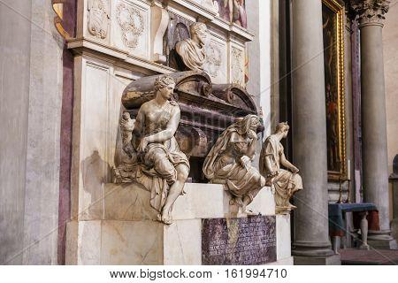 Tomb Of Michelangelo In Basilica Di Santa Croce