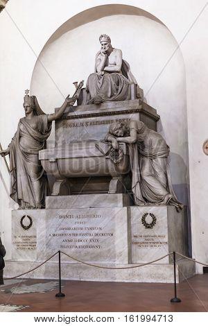 Memorial Dante Alighieri In Basilica Santa Croce