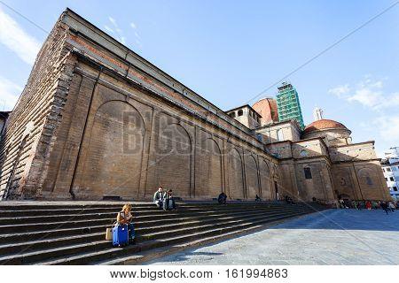 People On Steps Of Basilica Di San Lorenzo