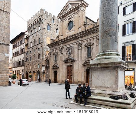Column Of Justice And Basilica Santa Trinita