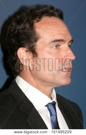 LOS ANGELES - DEC 15:  Jason Patric at the 21st Annual Huading Global Film Awards - Arrivals at The Theatre at The ACE Hotel on December 15, 2016 in Los Angeles, CA