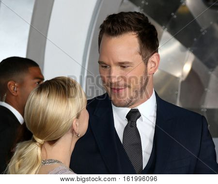 LOS ANGELES - DEC 14:  Anna Faris, Chris Pratt at the