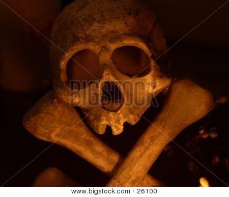 Skull, Errie Shot