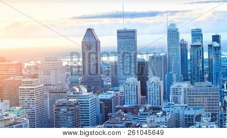 Montreal, Canada - 29 September 2018. Montreal City At Sunrise. Amazing View From Mont-royal With Co