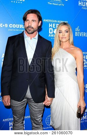 BEVERLY HILLS - SEP 29: Aaron Phypers, Denise Richards at the 2018 American Humane Hero Dog Awards at The Beverly Hilton Hotel on September 29, 2018 in Beverly Hills, California