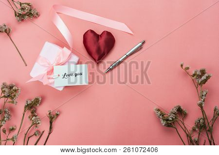 Table Top View Aerial Image Of Love & Valentine's Day Background Concept.flat Lay Gift With Heart An