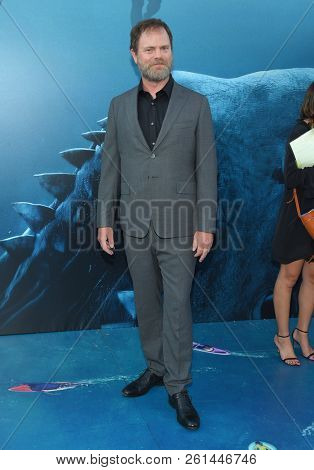 LOS ANGELES - AUG 06:  Rainn Wilson arrives to the