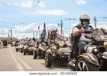 St. Petersburg, Russia - 4 August, Participants Of The Parade Welcome The Audience, 4 August, 2018.