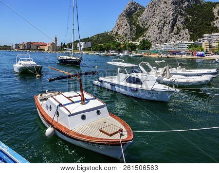 Omis, Croatia - 7 July, 2017: Town Omis In Croatia. City By The Canyon With Rocks.