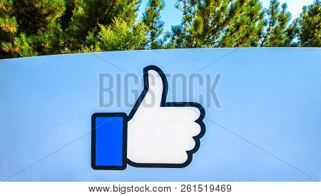 Menlo Park, California, United States - August 13, 2018: Facebook Like Logo Isolated From The Sign A