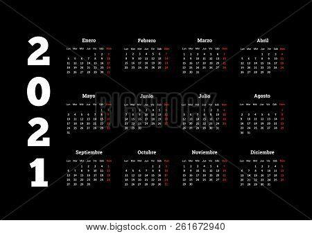 2021 Year Simple Calendar In Spanish On Dark Background